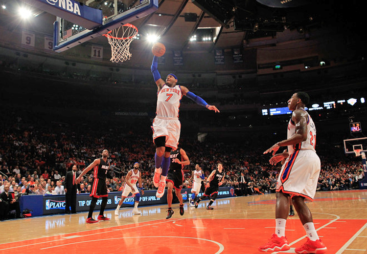 Carmelo_Anthony_Slam_Dunk_vs_Miami_Heat_2012